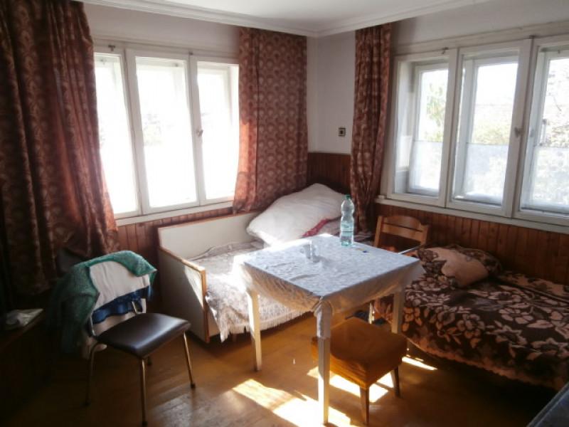samostoyatelna-kyshta-v-selo-ravnogor_8692-2